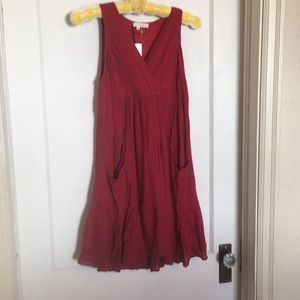 Tunic red dress or wear w Capris lined pockets too